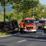 Schwerer Verkehrsunfall mit Bus nach illegalem Autorennen