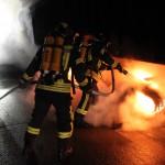 Brennender LKW-Sattelauflieger sorgt für zweiten Einsatz der Feuerwehren innerhalb weniger Stunden auf der Autobahn 9