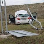PKW hebt ab und landet neben der Autobahn 4 bei Schorba