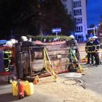Schwerer Verkehrsunfall in Suhler Innenstadt mit einer eingeklemmten Person