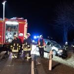 Zwei schwerverletzte Personen nach Frontalzusammenstoß bei Kleinromstedt