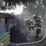 Brennender Komposthaufen sorgt für Verqualmung einer Gartenlaube