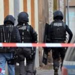 SEK-Einsatz nach Flaschenwürfen und Bedrohung von Polizeibeamten in Erfurt