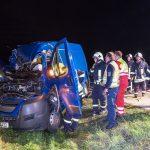 Fahrer eingeklemmt: Transporter kollidiert mit LKW auf der A4 bei Mellingen