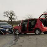 Zwei verletzte Personen nach PKW Kollision in Döbritschen