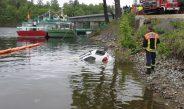 PKW rollt in Saalburg in die Bleilochtalsperre