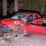 Fahrzeug kollidierte in Ottstedt am Berge frontal mit einem Baum