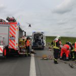 Zwei Personen nach Unfall auf A9 bei Schleiz eingeklemmt