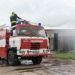 Großbrand eines Strohlagers in Alperstedt im Landkreis Sömmerda