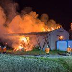 Scheune mit gelagerten Stroh in Zimmritz niedergebrannt
