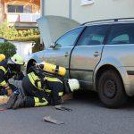 Gefahrgutzug im Einsatz: Gasaustritt an einem PKW in Uder