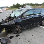 Familie mit drei Kindern auf der A9 bei Moßbach schwer verletzt