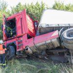 Geplatzter LKW-Reifen sorgt für Unfall auf der A4 bei Mellingen