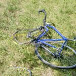 Radfahrer bei Neudietendorf von PKW übersehen und schwer verletzt