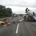 Unfall am Stauende an Baustelle auf A4 bei Wandersleben