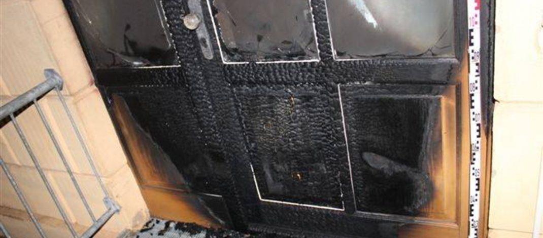 Brandanschlag: Brennende Reifen am Amtsgericht Sondershausen