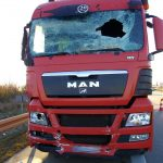 LKW kollidiert auf A4 mit Schilderwagen und zwei Unfälle auf der A71