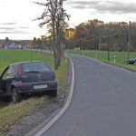 Vorfahrt missachtet: PKW fährt Telefonmast bei Jena um