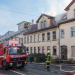 Person bei Dachstuhlbrand in Apolda gerettet – Häuser unbewohnbar