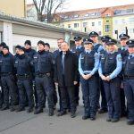 Innenminister übergibt neue Schutzwesten für die Thüringer Polizei