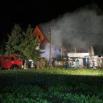 Feuerwehrmann bei Dachstuhlbrand im Altenburger Land verletzt