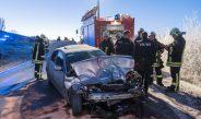 Schwangere mit Kind verletzt: PKW kollidierte bei Weimar mit Bus frontal