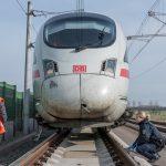 Radfahrer auf ICE-Strecke bei Berlstedt - Zug musste notbremsen