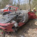 Rentner-Ehepaar verunglückt mit Hybridwagen bei Bad Berka
