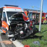 Hoher Sachschaden nach Unfall mit Rettungswagen in Jena