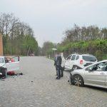 Zwei Verletzte nach Unfall mit drei Fahrzeugen nördlich von Weimar
