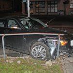 22-Jähriger baut Unfall unter Alkoholeinfluss in Weimar und flüchtet