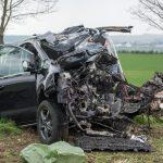 Tödlicher Unfall bei Apolda: Vater stirbt, zwei 3-Jährige schwer verletzt