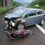 Zu schnell bei Regen: Drei Verletzte auf A4 bei Stadtroda
