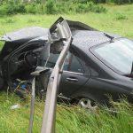 Lenkrad verrissen: Auto landet auf A4 bei Stadtroda in der Leitplanke