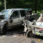 Ohne Führerschein und Zulassung bei Springen in Gegenverkehr