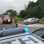 Auto fing Feuer: Crash mit LKW und Leitplanke auf A4 bei Gera