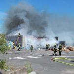Mehrere Tonnen Müll brennen auf Deponie im Weimarer Land
