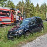 Missglückt: PKW kollidiert beim Überholen mit LKW bei Blankenhain