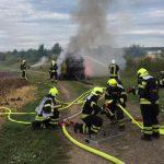 Brand einer Strohpresse bei Triptis im Saale-Orla-Kreis