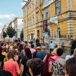 Friedlicher Protest gegen AfD-Stammtisch in Weimar