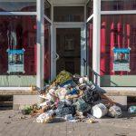 Stinkender Protest: Müll vor AfD-Stammtisch Lokal in Weimar