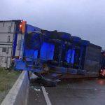 Längere Vollsperrung der A4 bei Eisenach nach LKW-Unfall