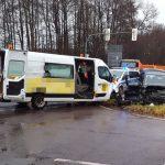 Schwerer Unfall mit neun Verletzten auf B88 bei Bad Tabarz
