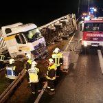 Aufwendige Bergung nach LKW-Unfall auf A4 bei Hermsdorf