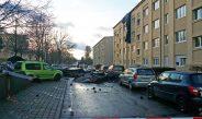 Sturm fegt in Gera das Dach eines Mehrfamilienhauses weg