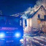 Mann stirbt bei Brand in Saalfeld-Rudolstadt am Adventsabend
