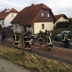 Anwohner helfen mit: Große Ölspur in Greiz an Silvester