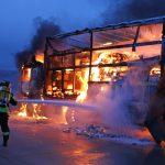 Gefahrgutlaster auf der A9 bei Schleiz komplett ausgebrannt