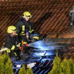 Feuer griff in Römhild von Mülltonne auf Dachstuhl über