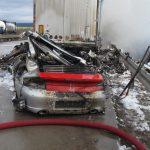 Tödlicher Unfall: Porsche fuhr unter Auflieger und fing Feuer